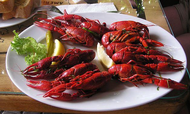 plate of crawfish